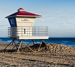 Scenic image of Huntington Beach Lifeguard Tower